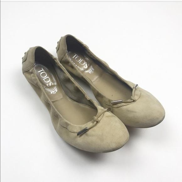 97c0e8e89e5 Tod s Tan Creme Ballet Flat size 39.5